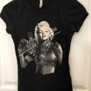 Eevee Marilyn Monroe Graphic Black Tee Juniors
